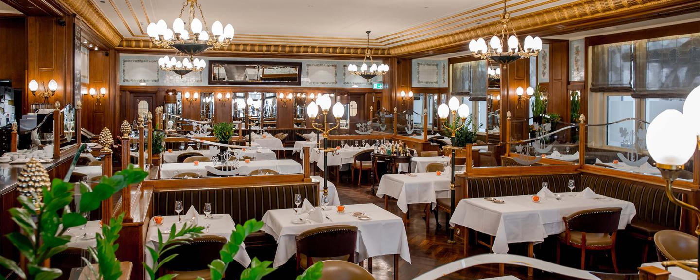 Ansicht des luxuriösen Restaurants des Schweizerhof in Bern