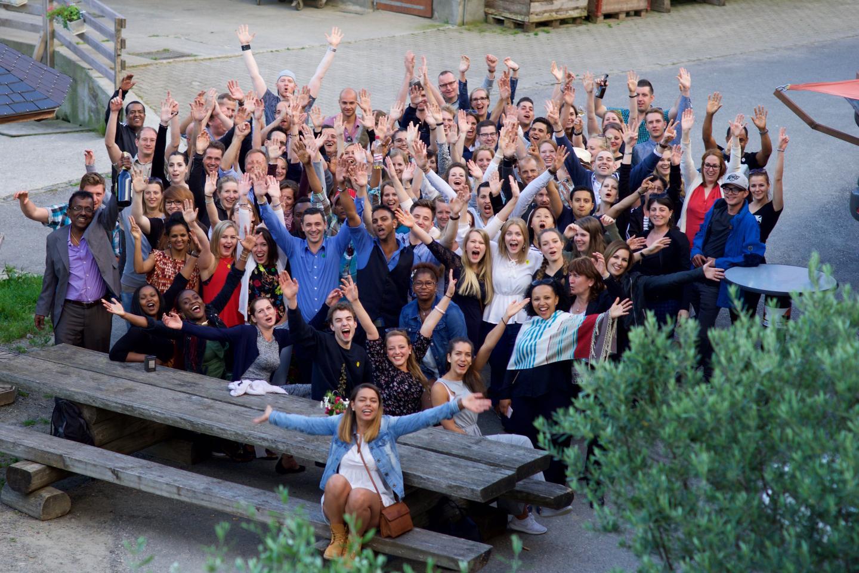 Team des Luxushotel Bern beim Gruppenfoto