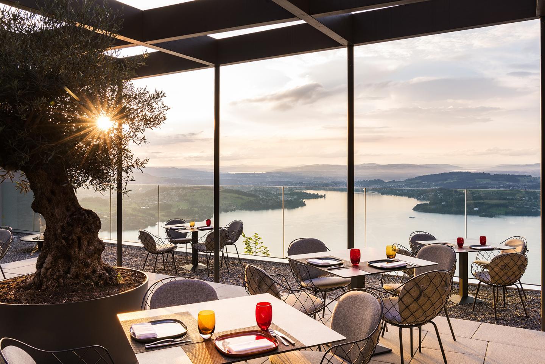 Sharq Oriental & Shisha Lounge   Terrace