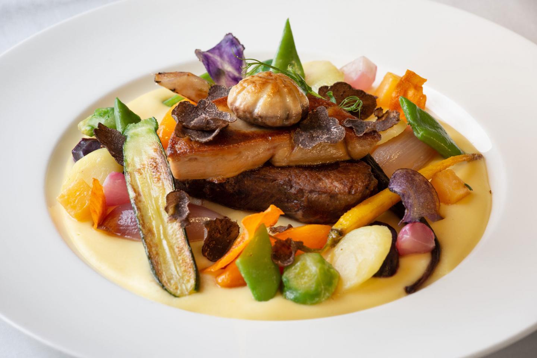 File-Teller mit Gemüse in einer cremigen Sauce im Restaurant der Brasserie Bern